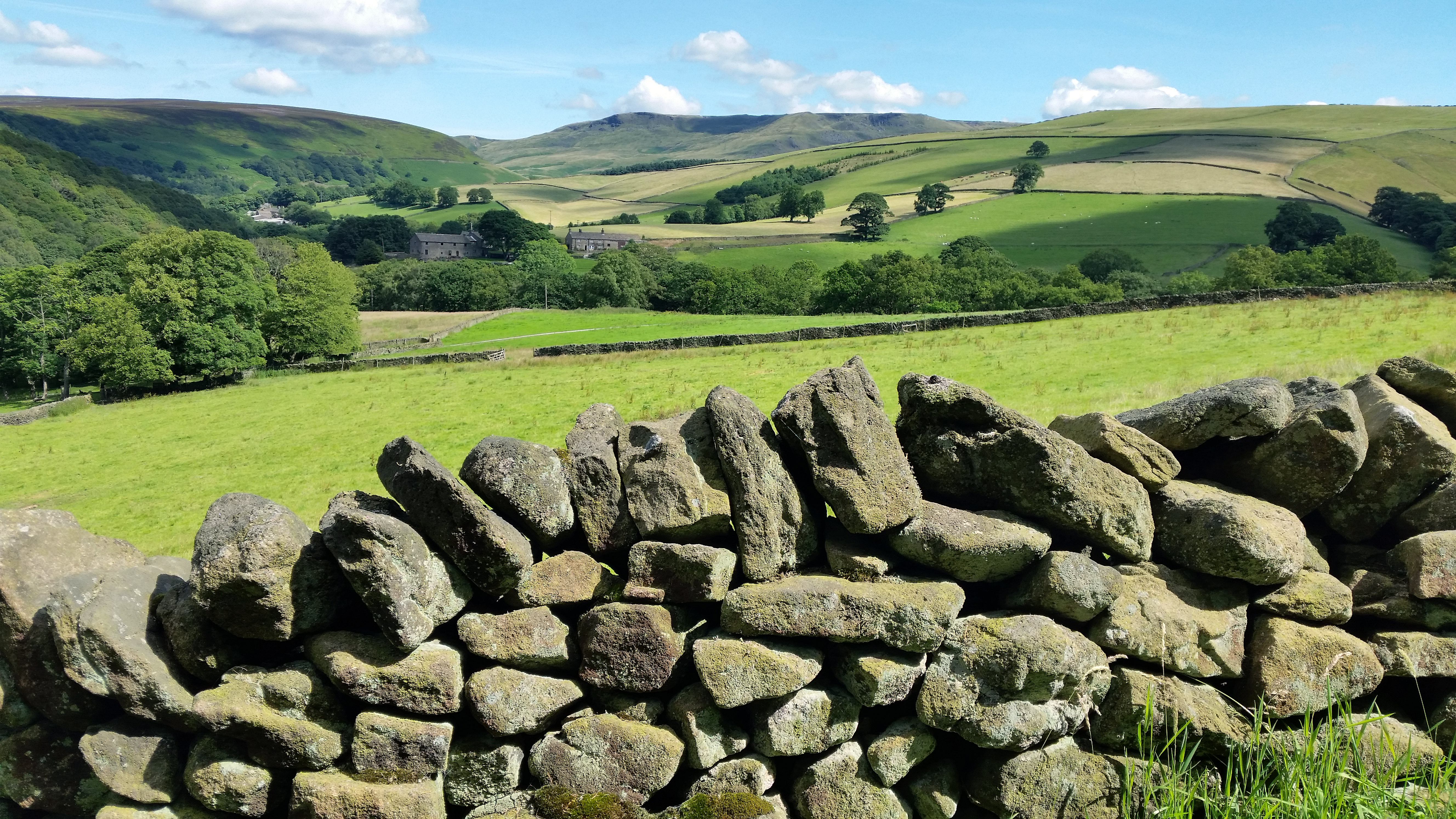 Kinder Scout from the Pennine Bridleway