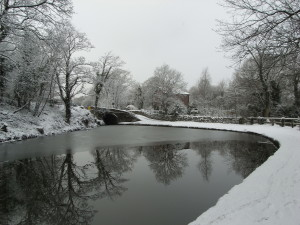 Peak Forest Canal at Romiley in the snow